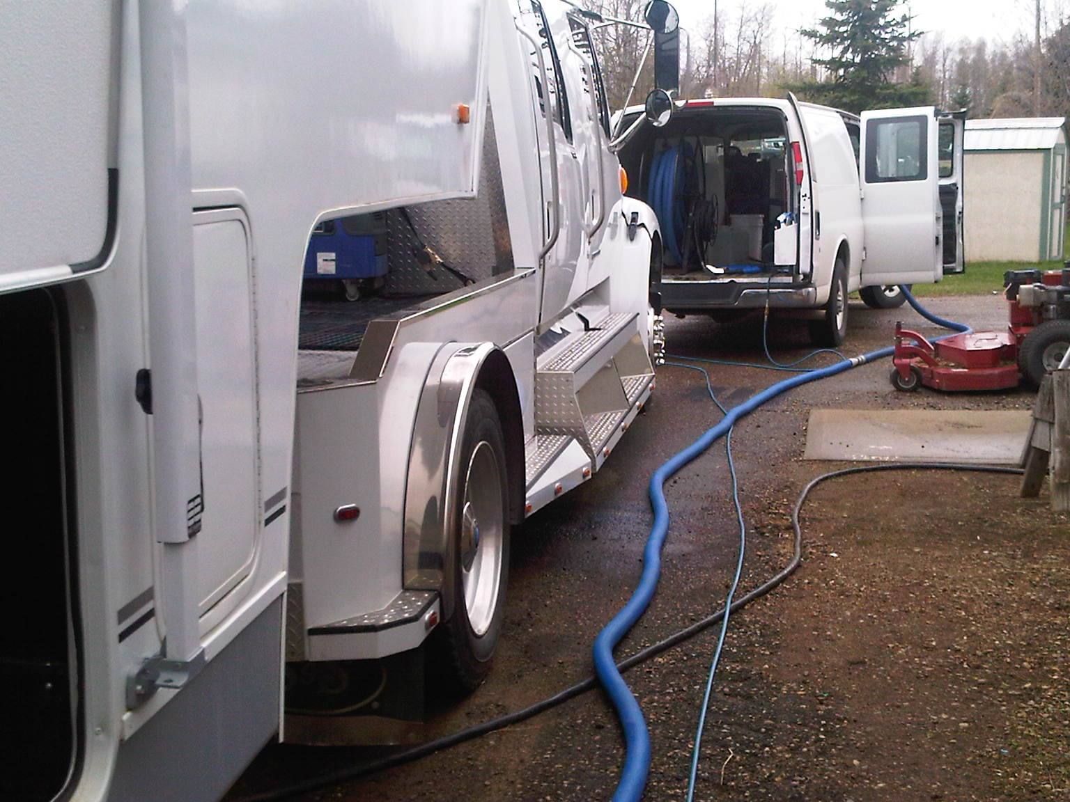 Time to clean your motorhome before storing.  Our mobile carpet cleaning plant comes to you!  Call 780-456-3644